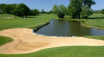 Golfplatz GC Loipersdorf mit Teich & Bunker